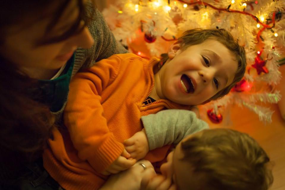 fotografia-infantil-arbol-navidad-18
