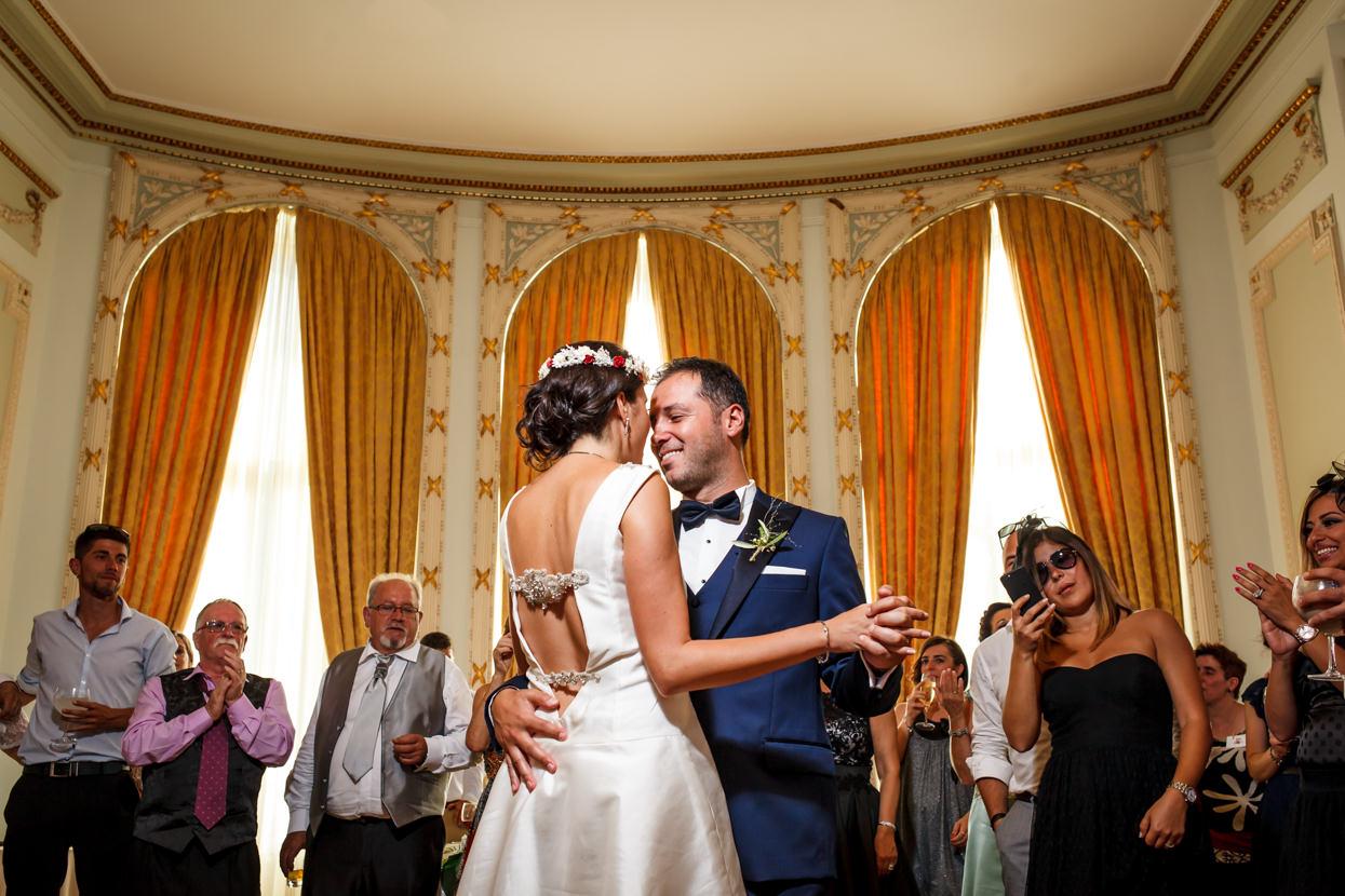 Primer baile de boda en el hotel María Cristina de San Sebastián