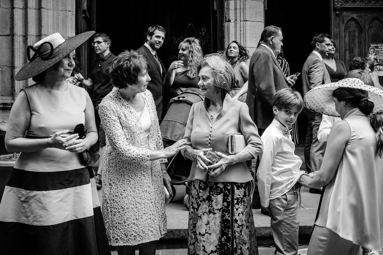 Madres de novios en ceremonia de boda