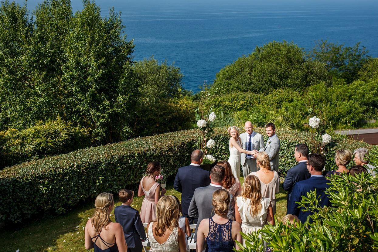 fotógrafo de boda en gipuzkoa ceremonia al aire libre