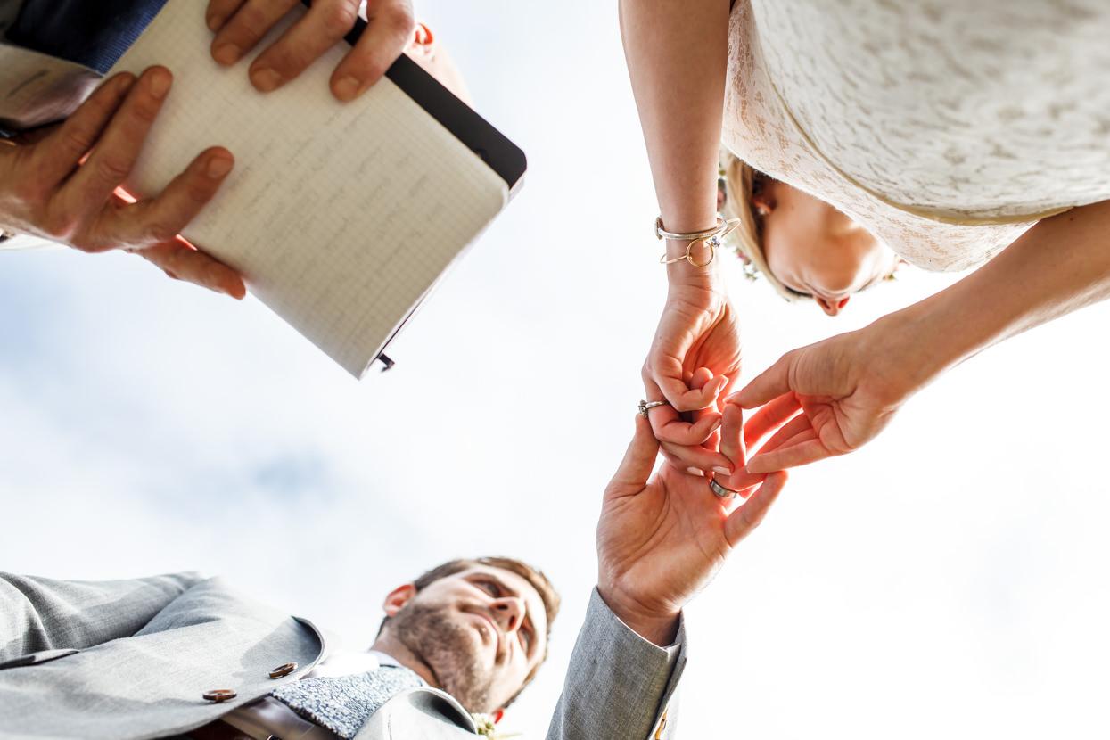 boda en gipuzkoa detalle de anillos
