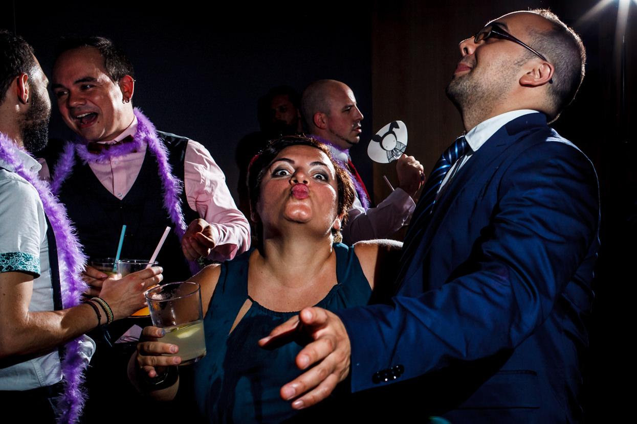 Invitada de boda en fiesta en el hotel balneario Elgorriaga