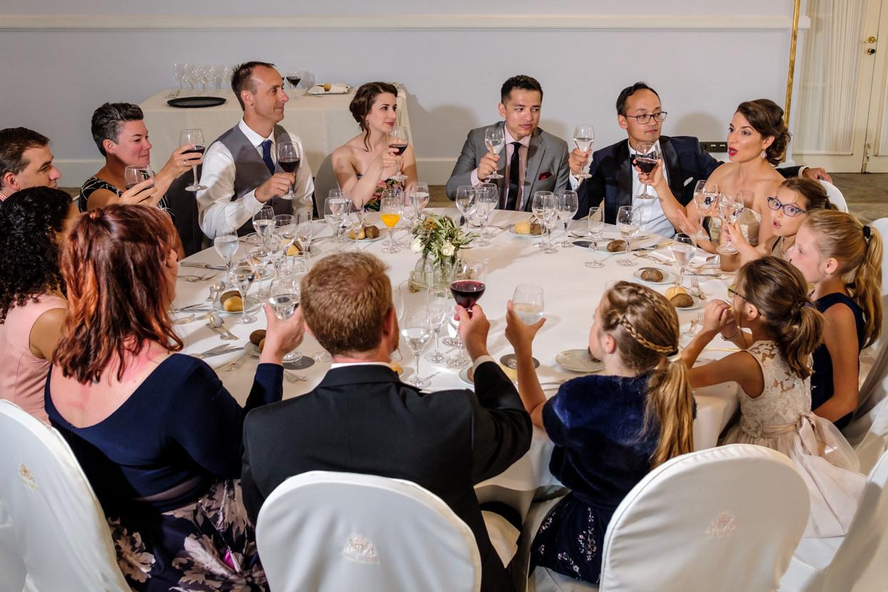 Banquete de boda. Brindis