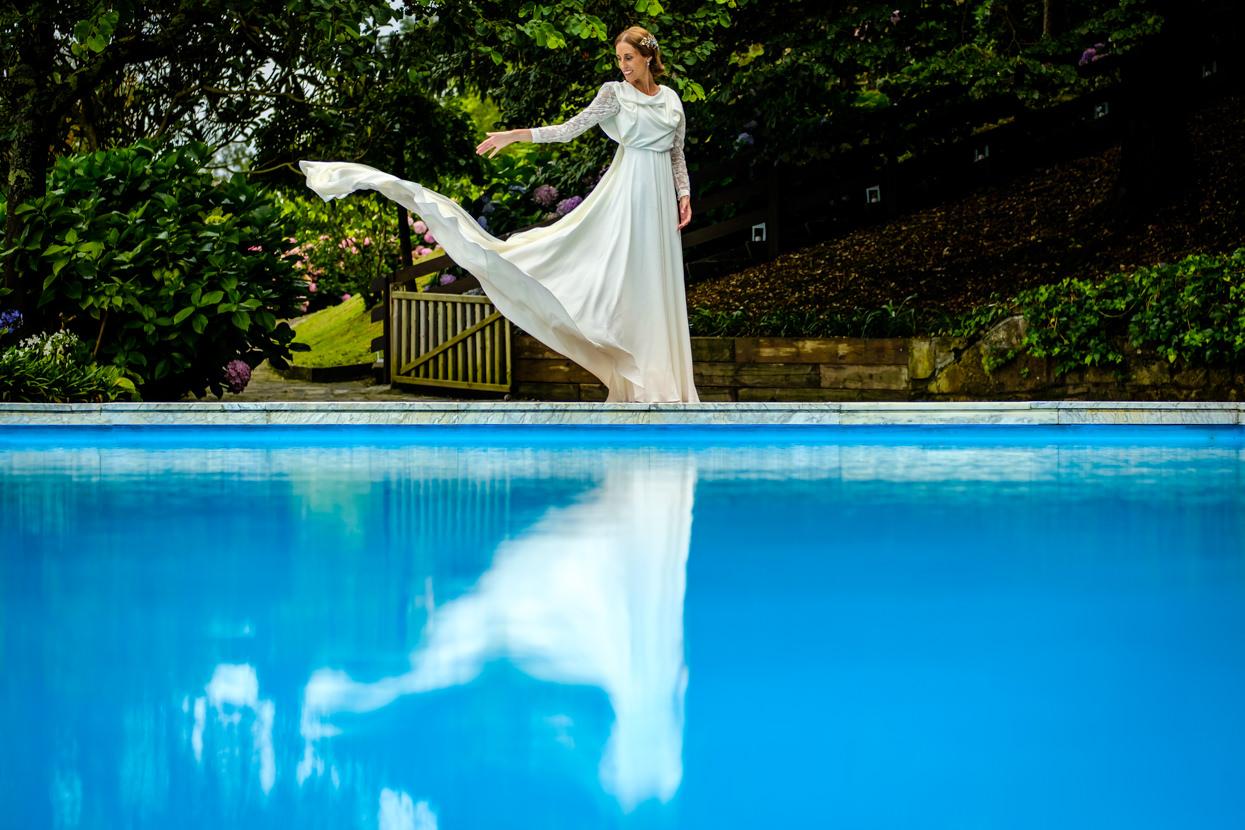 Retrato de novia de boda en finca Itxasbide