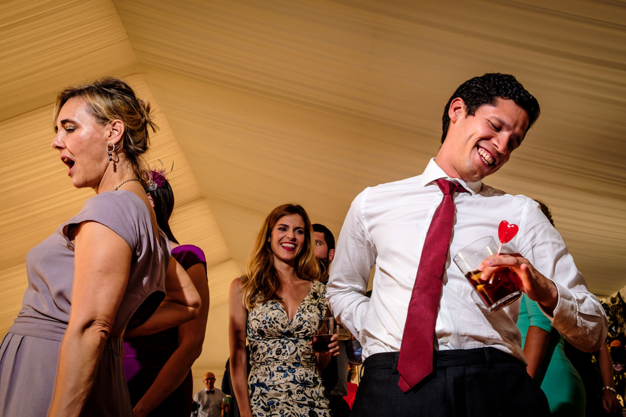 Baile de boda. Burunda DJs