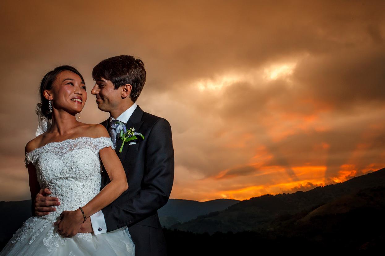 foto de pareja en palacio yrisarri