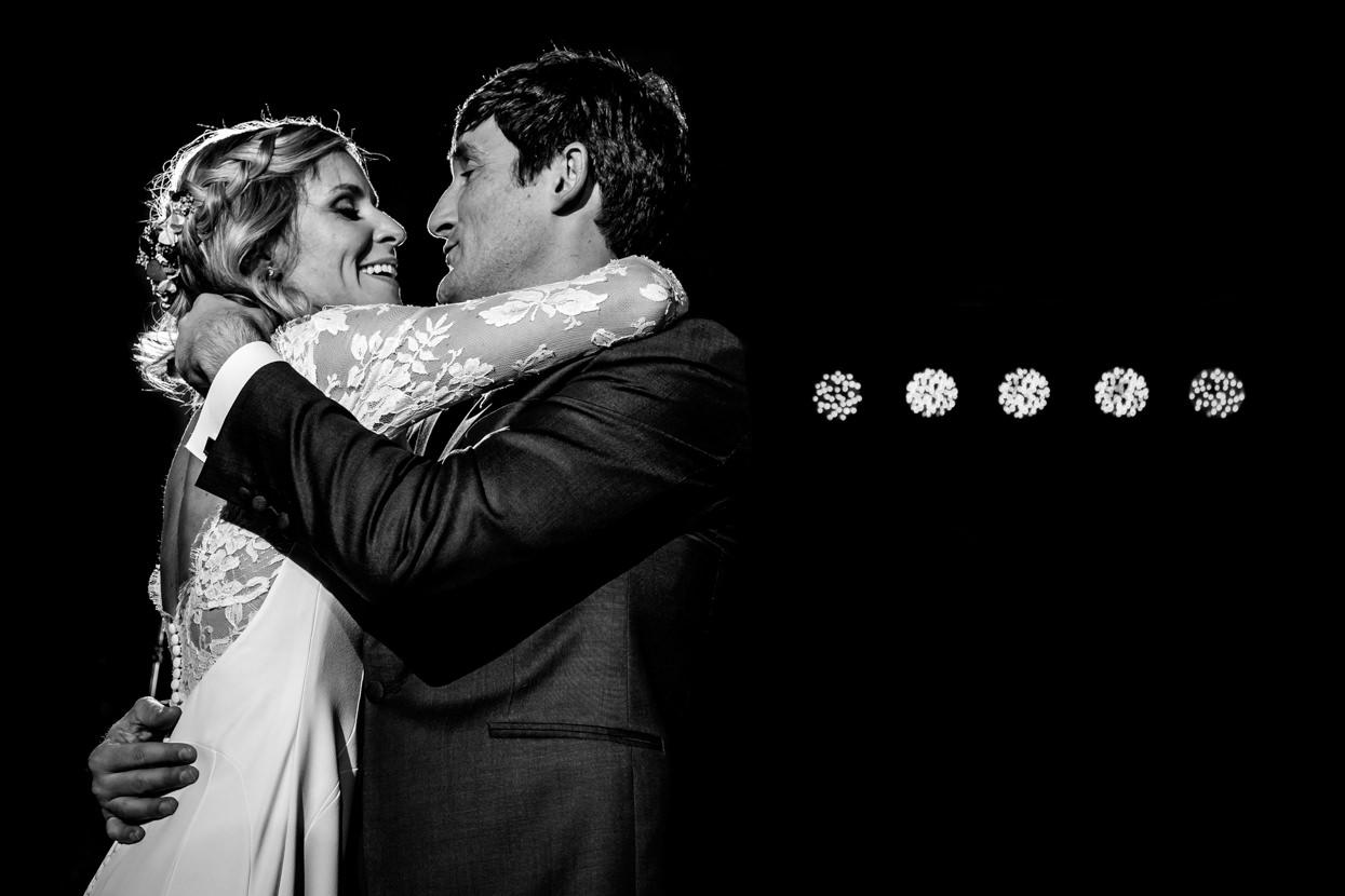 Primer baile de boda en restaurante Alameda en Hondarribia