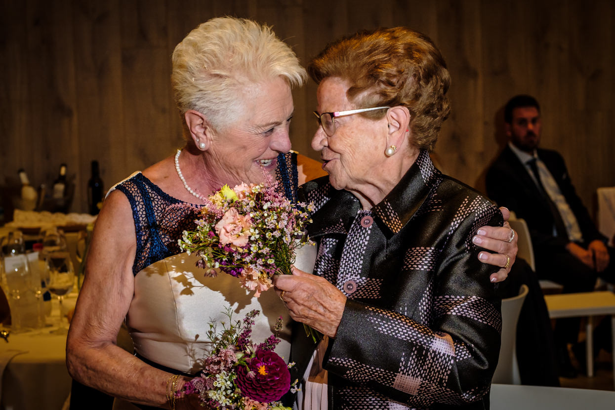 Regalos a las abuelas en boda en Yrisarri