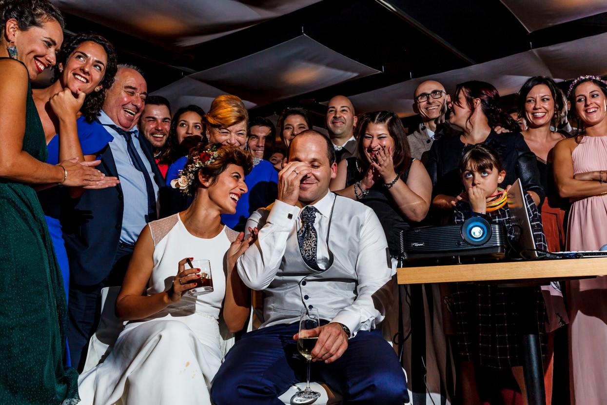 Sorpresa de amigos en boda en el hotel Jaizkibel