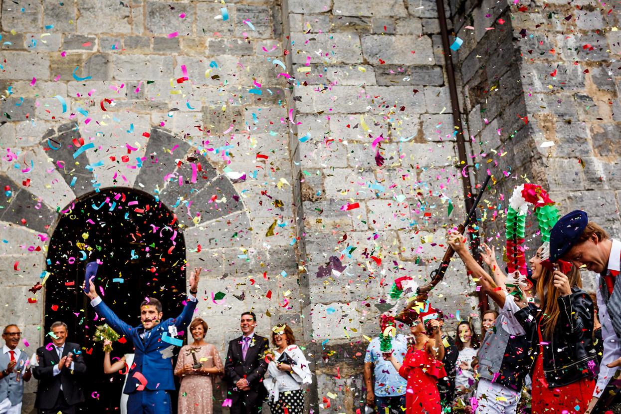Confeti en boda en Amasa