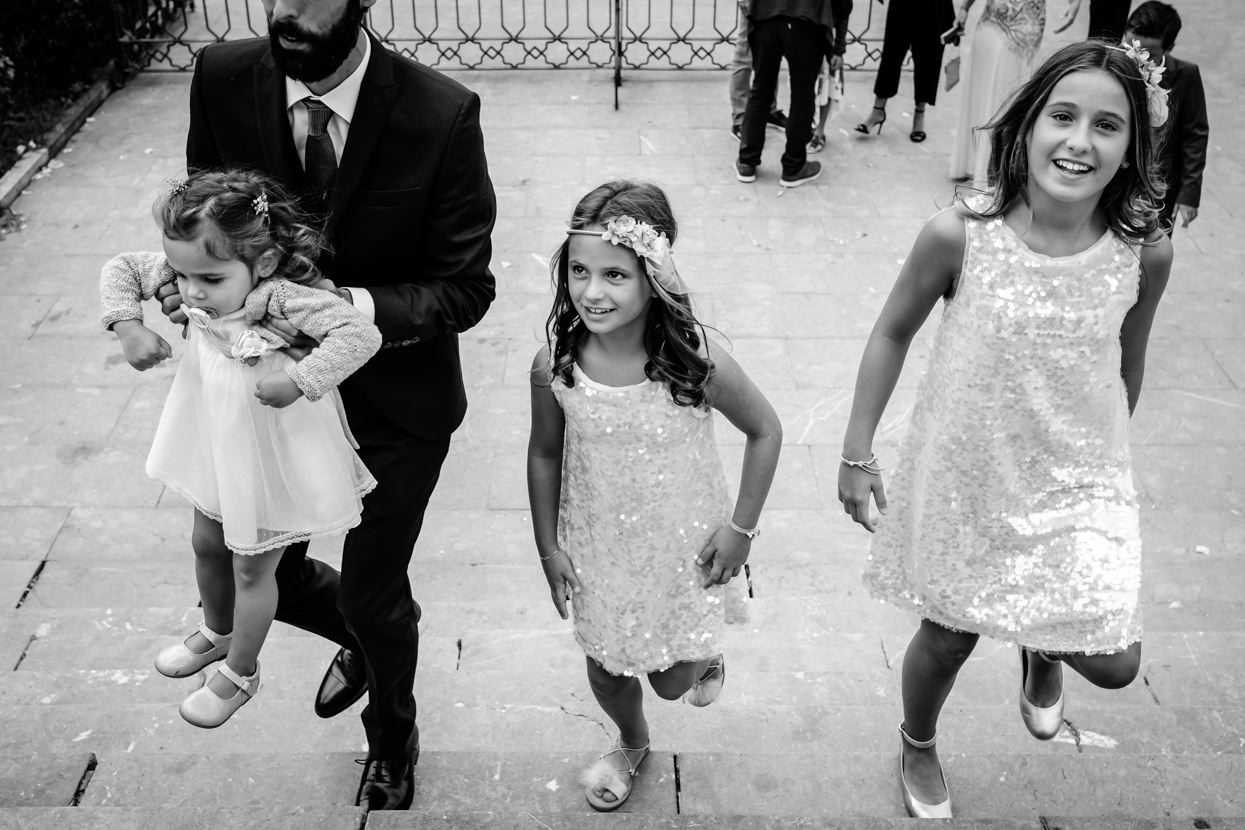 Invitadas en ceremonia de boda en Ayuntamiento de Donostia