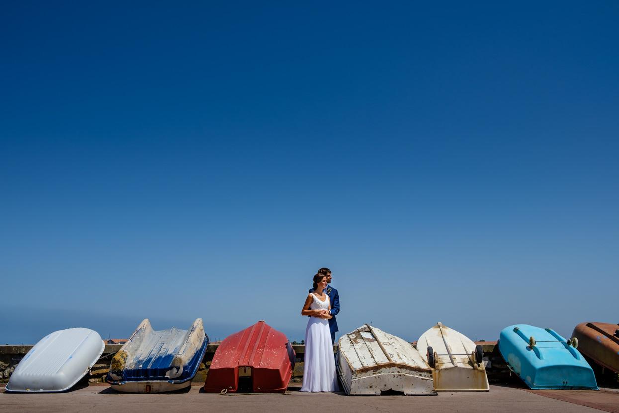 fotografía de pareja de boda en hondarribia y restaurante alameda