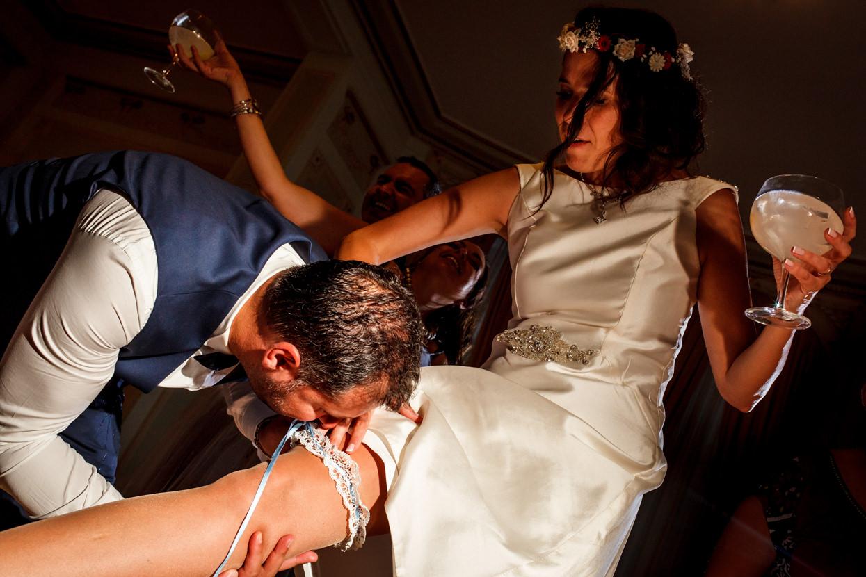 Destination wedding photographer. Liga de novia
