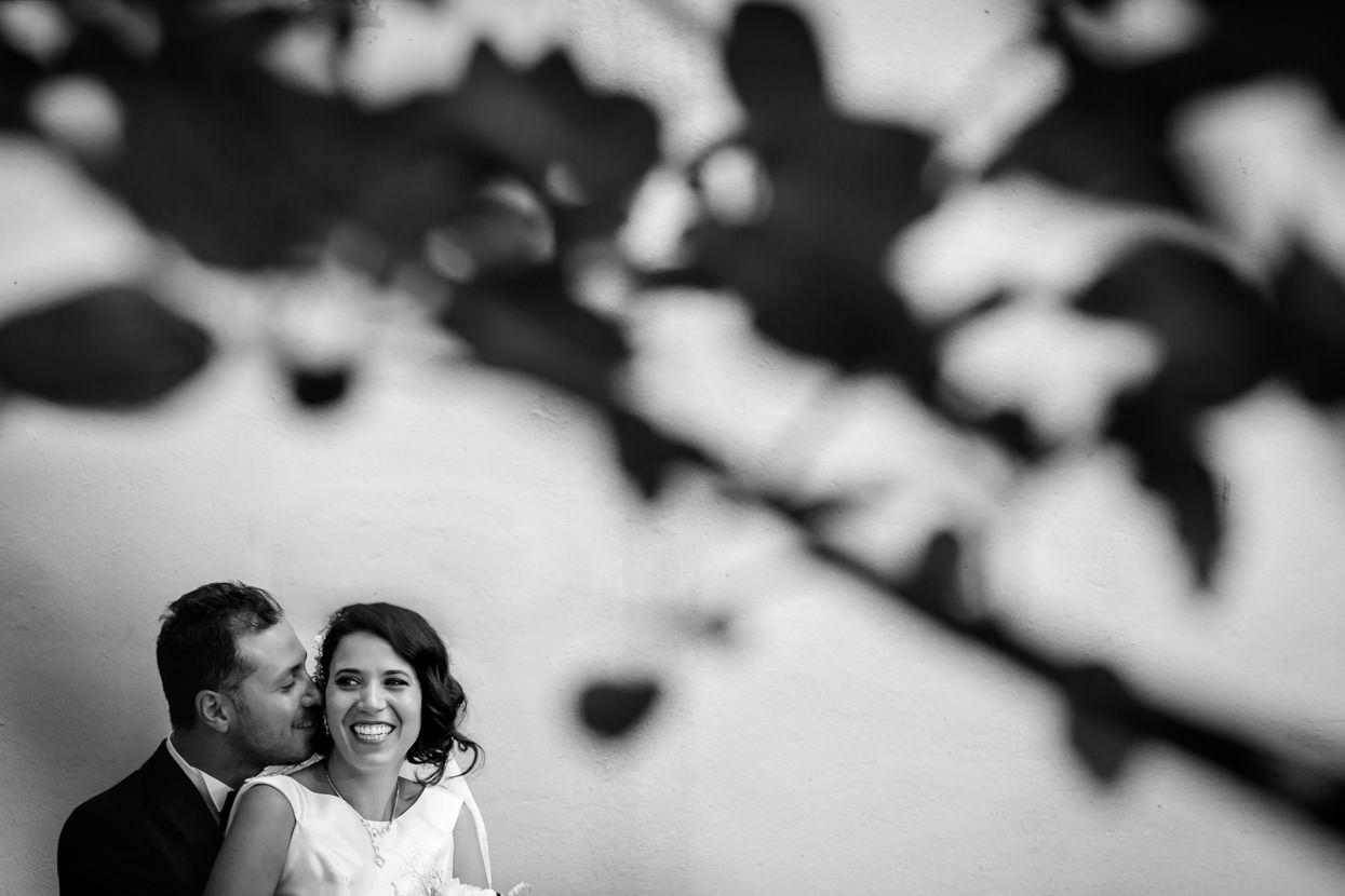 Fotos de pareja en boda en Donostia
