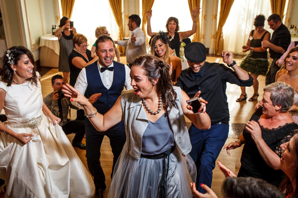 Fiesta de boda en el hotel María Cristina