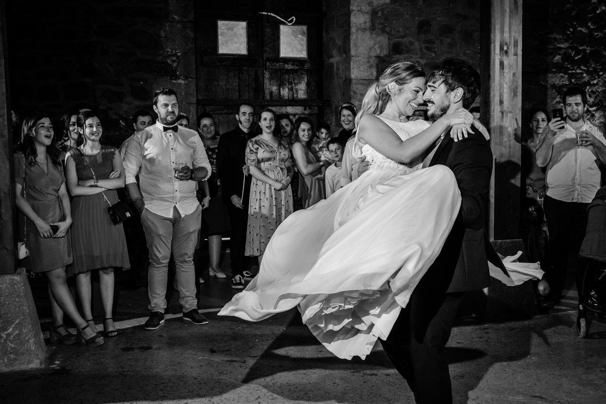 Primer baile en fiesta de boda