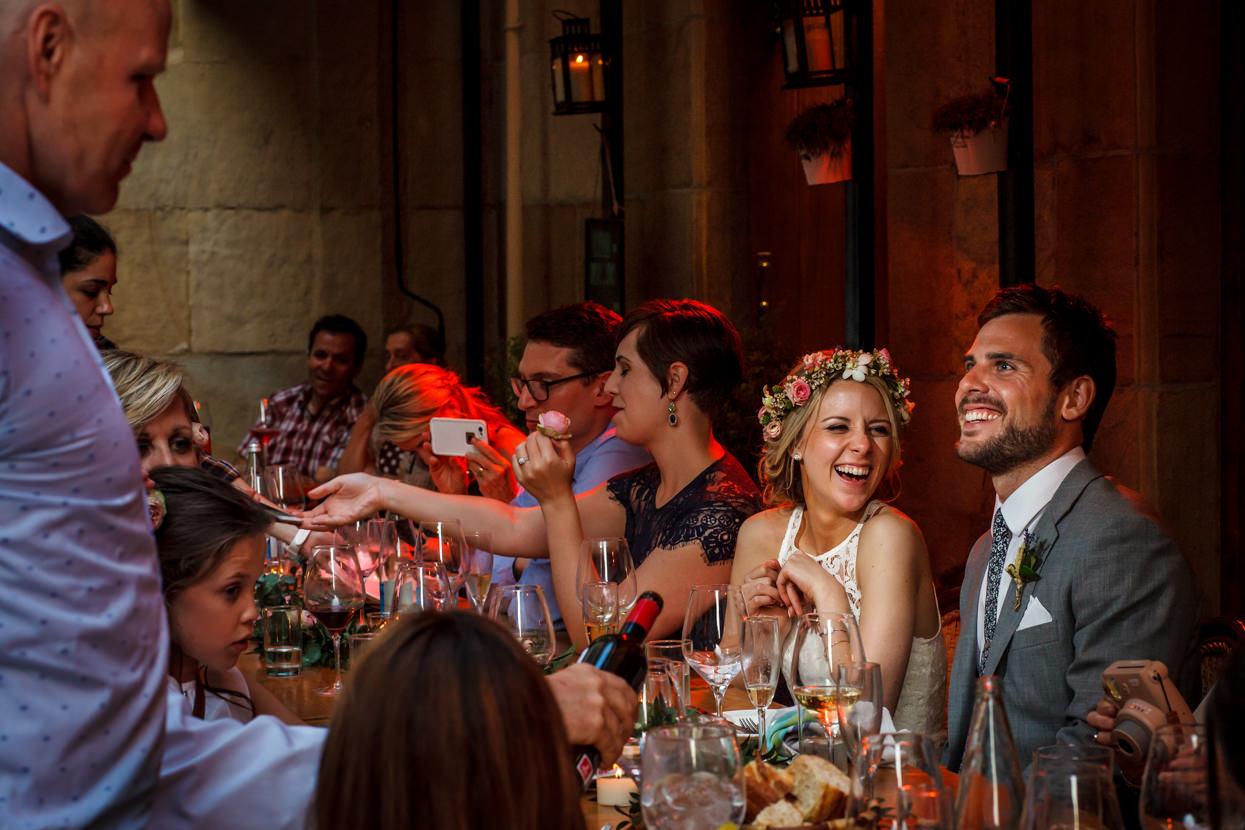 fotógrafo de boda en gipuzkoa novios sonriendo
