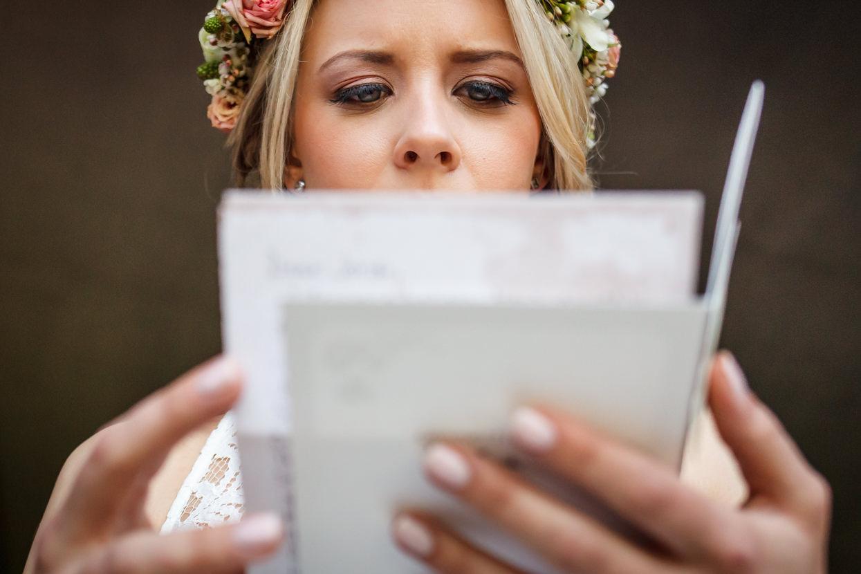boda en igeldo novia leyendo