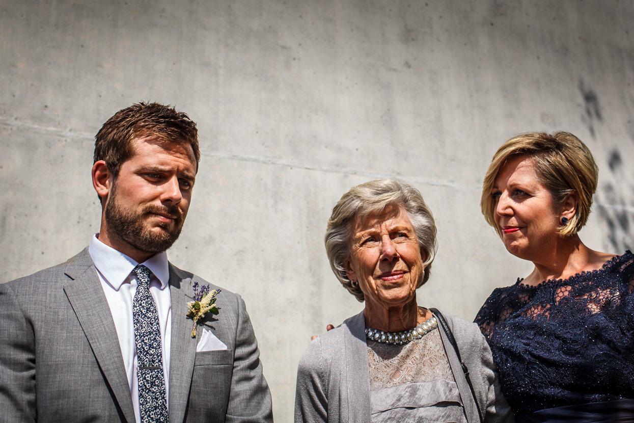 fotógrafo de boda en igeldo novio nervioso