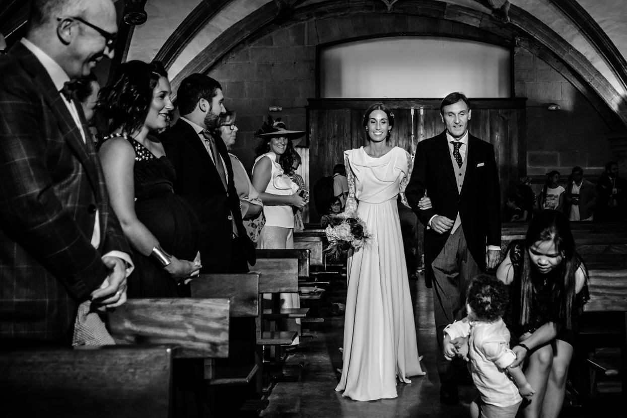 Reportaje de boda en San Vicente. LLega la novia