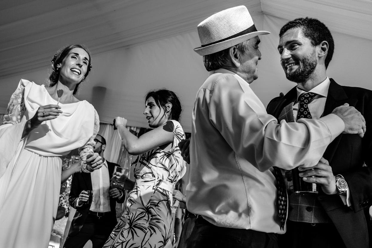 Baile de boda en Itxasbide