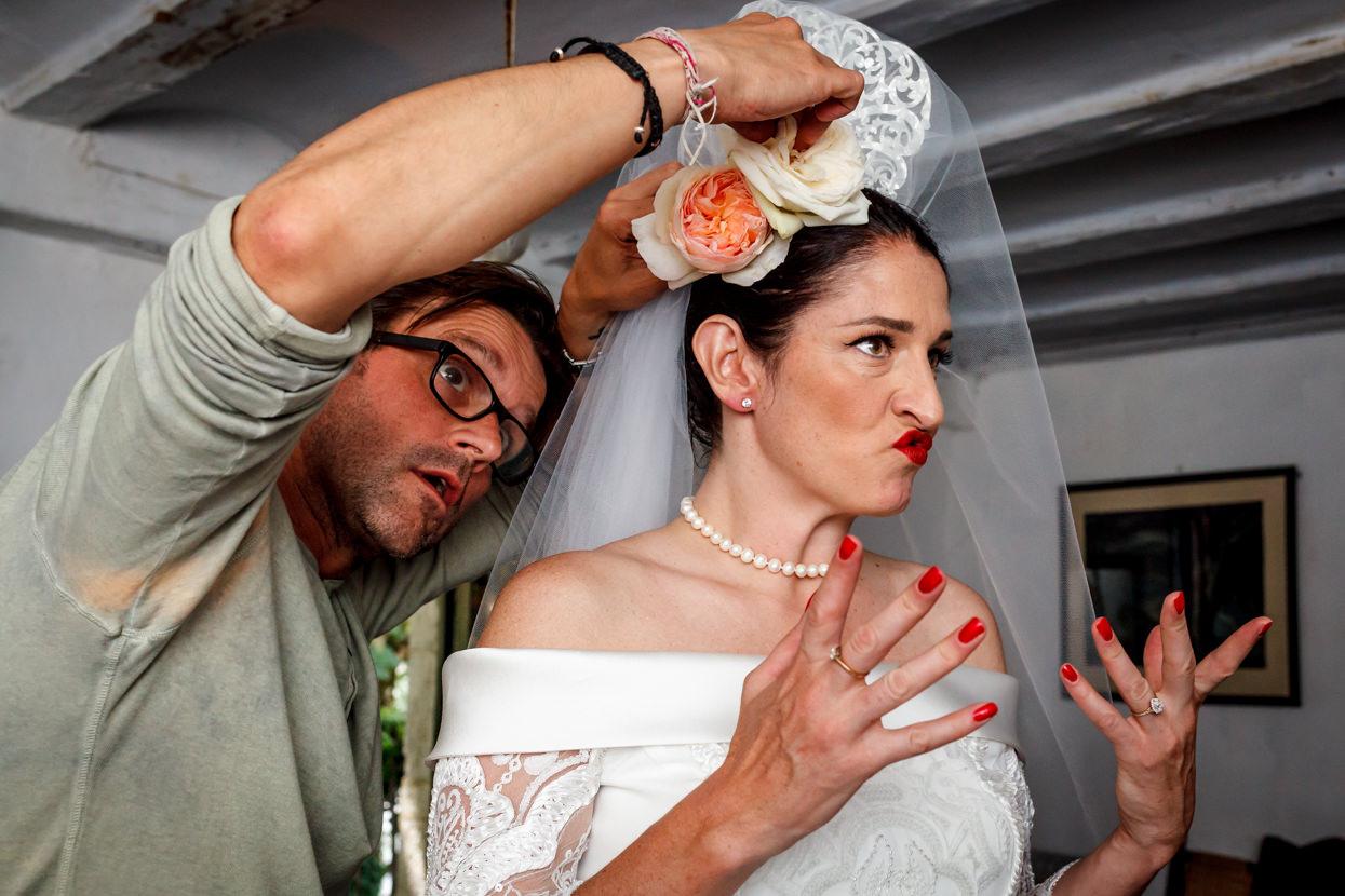 novia con peineta en boda en navarra