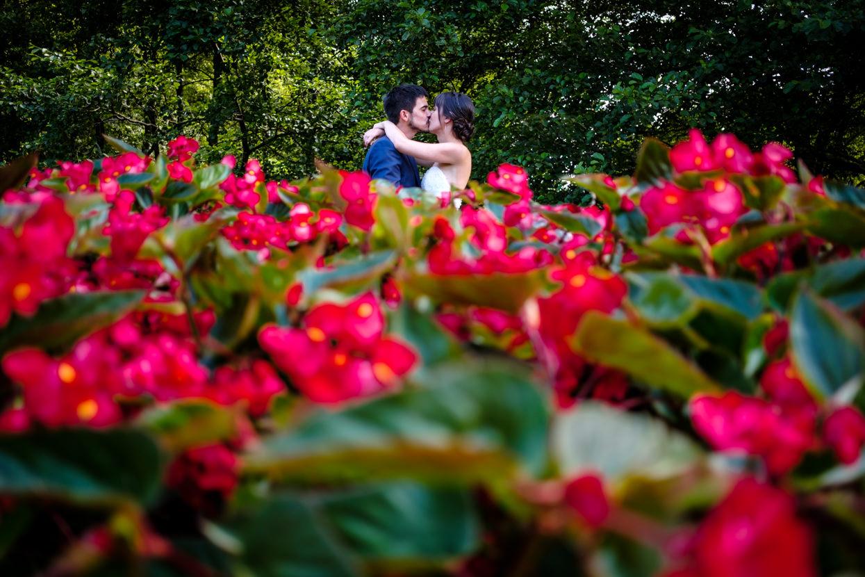 Foto de pareja de boda en oiartzun y beko-errota