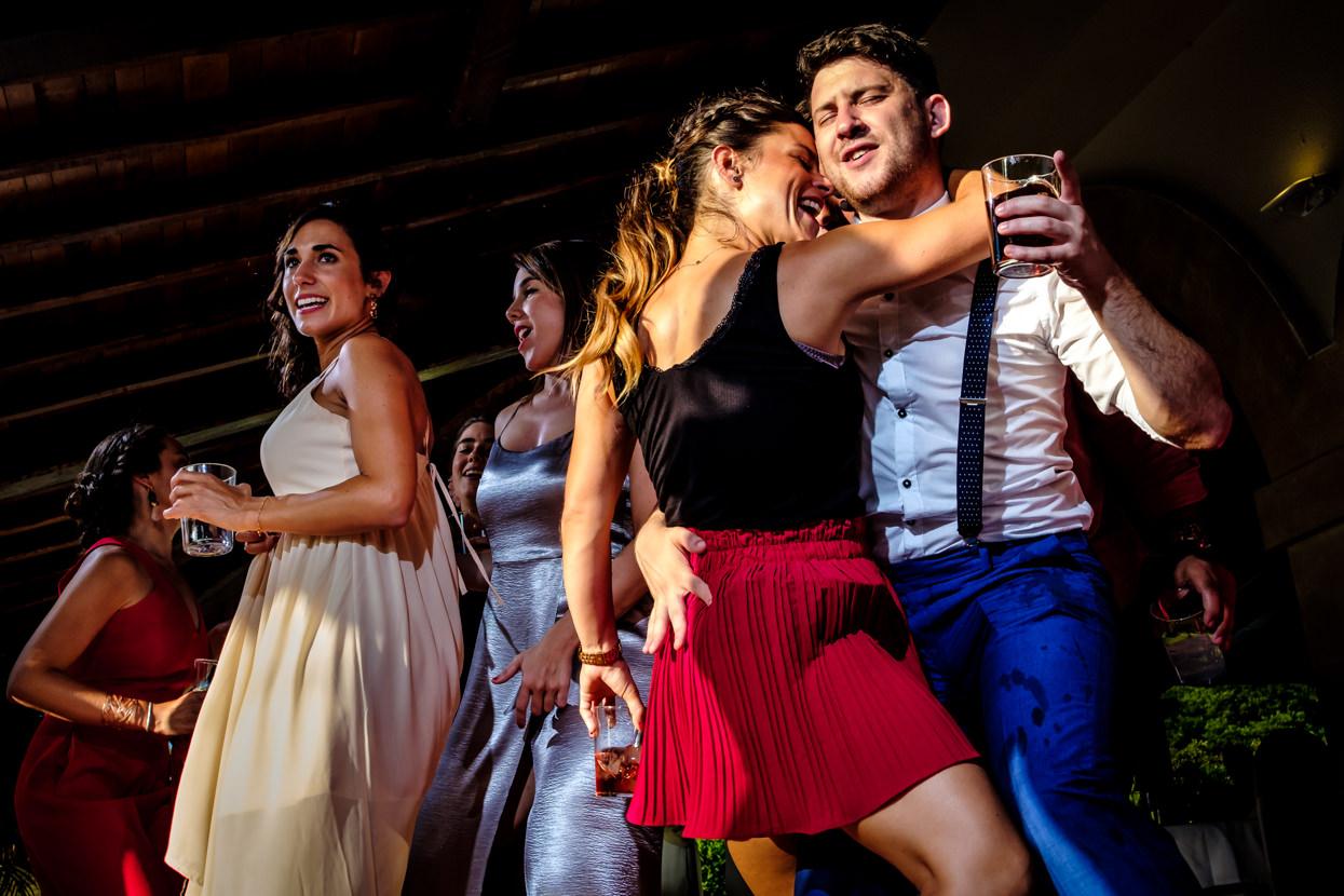 Fiesta de boda en Hondarribia