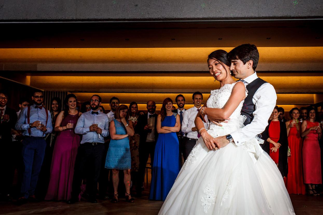 primer baile de boda de los novios
