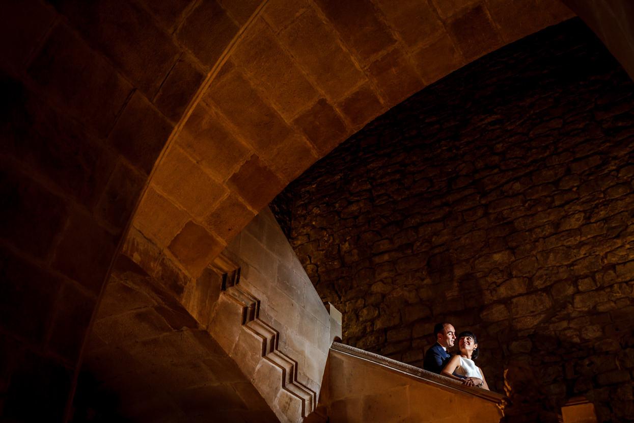 Foto de pareja de novios en Parador de Hondarribia