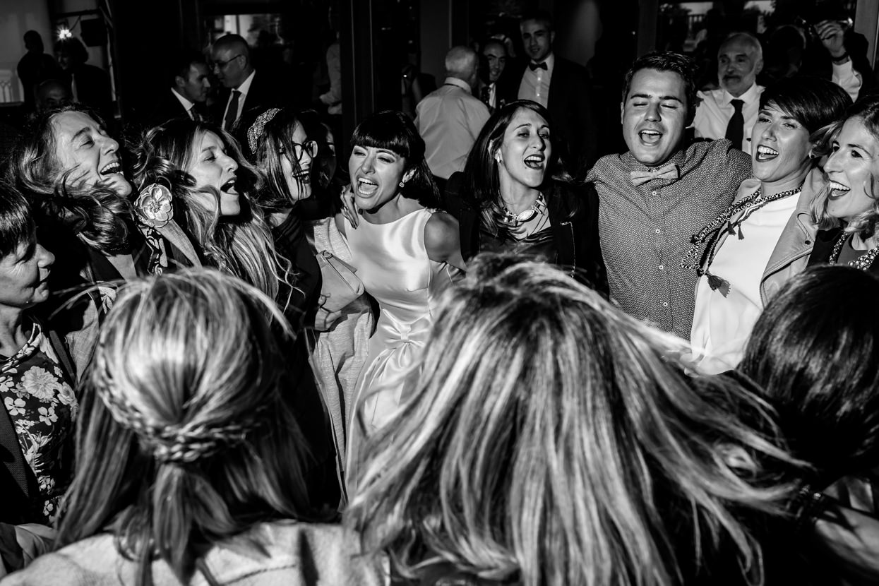 Novia en fiesta de boda en Guadalupe