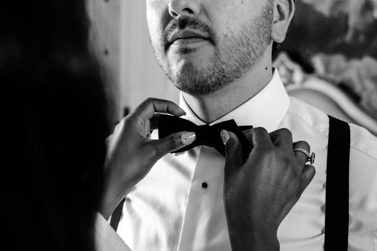 Pajarita de novio en boda en Donostia